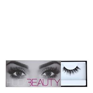Huda Beauty Classic Lash in Samantha #7